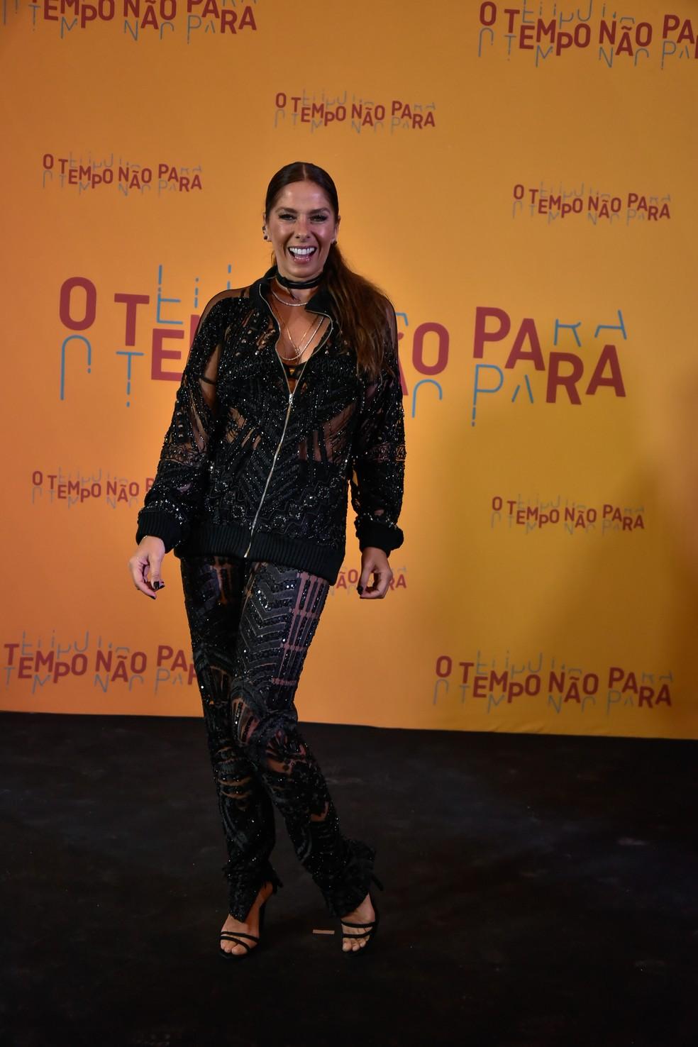 Adriane Galisteu no lançamento da novela 'O tempo não para' (Foto: Globo/Cesar Alves)