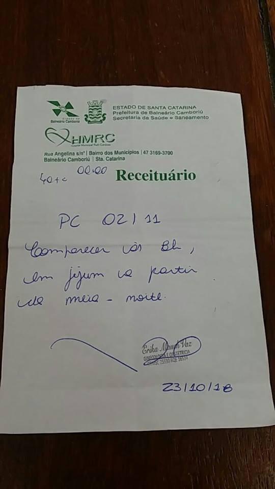 O pedido médico foi fotografado e postado pelo pai (Foto: Reprodução/ Facebook)