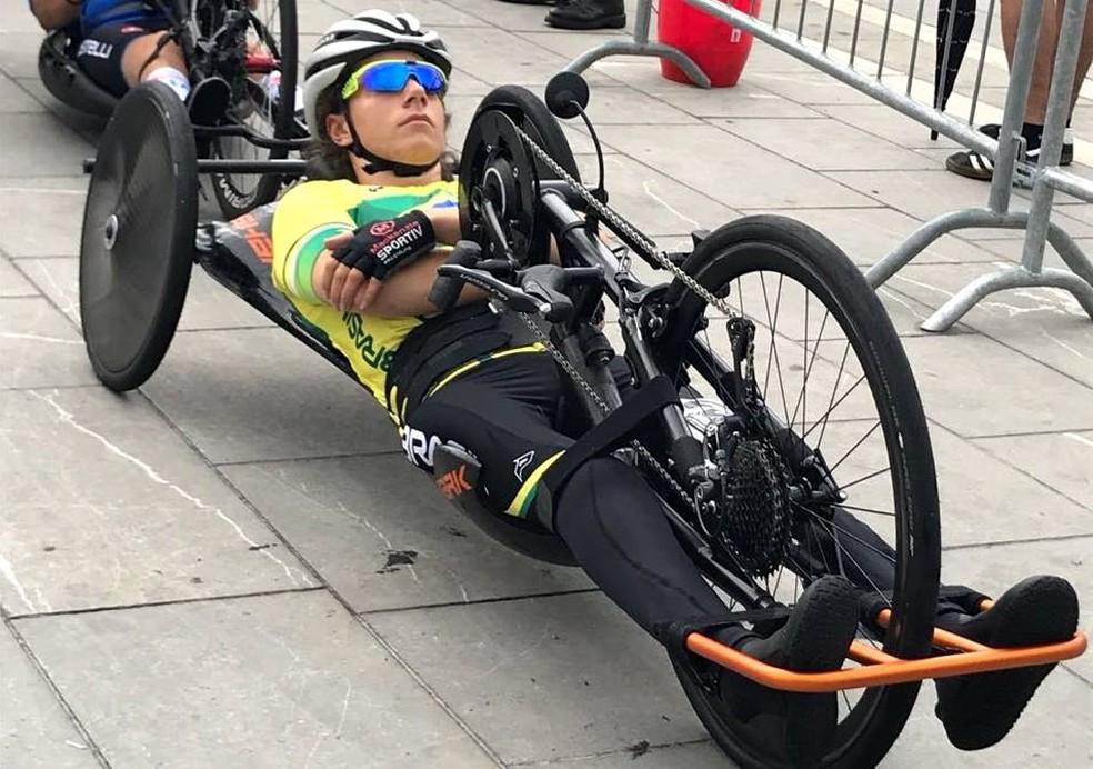Jady Malavazzi em ação no Mundial de Paraciclismo de Estrada (Foto: Divulgação/CBC)
