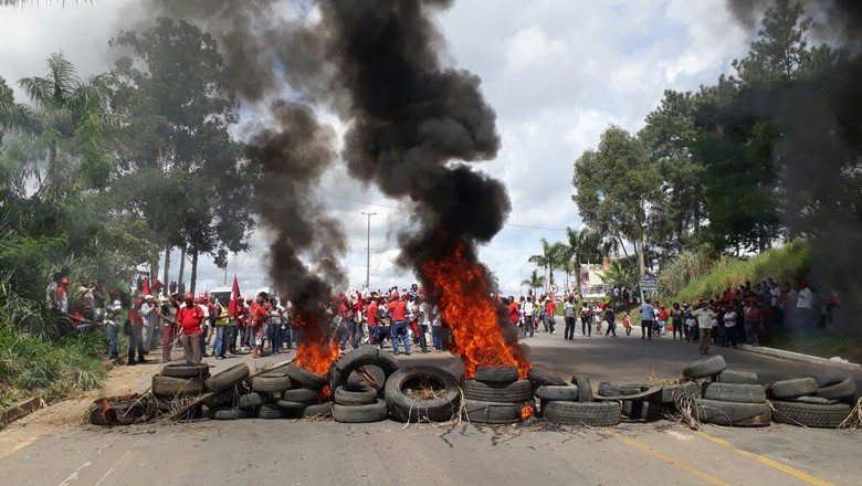 protestos-bloqueios-MST (Foto: MST / Twitter)