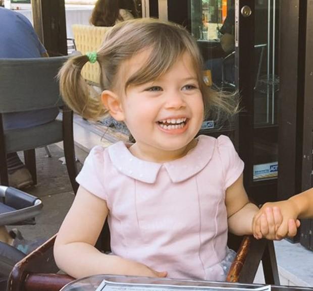 Abigail, de 5 anos, filha de Ruthie Ann Miles, morreu em acidente (Foto: Reprodução/Twitter)