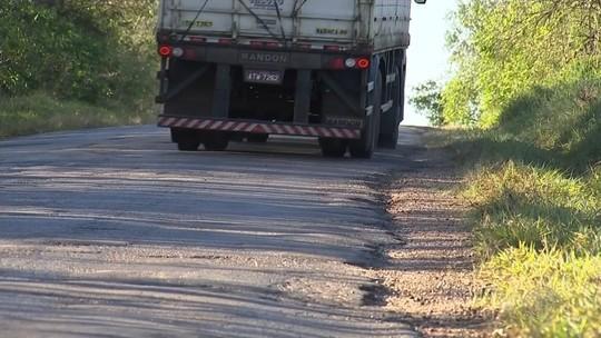 Buracos e falta de acostamento em rodovias da região de Itapetininga causam transtornos a motoristas