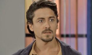 Na segunda-feira (22), Jerônimo (Jesuíta Barbosa) sofrerá um acidente de moto durante uma perseguição da polícia e será dado como morto | TV Globo