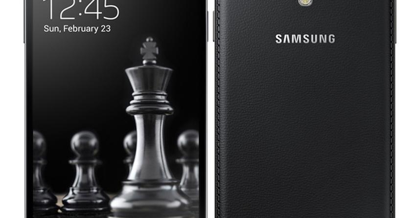 Dez meses depois, Samsung finalmente lança Galaxy S4 preto e sem plástico