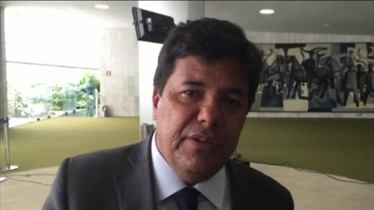 Novo ministro diz que não se justifica tentativa de impedi-lo de assumir