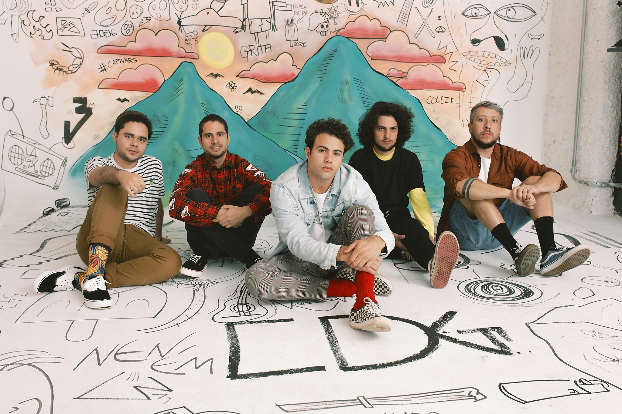 Lagum toca 'Coisas da geração' entre baladas, reggaes e rock do segundo álbum da banda mineira - Notícias - Plantão Diário
