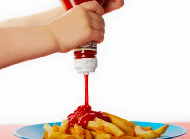 Você já parou para reparar a quantidade de ketchup que coloca nas batatas? (Foto: Getty Images)