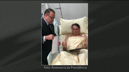 Bolsonaro assina decretos do quarto de hospital em SP