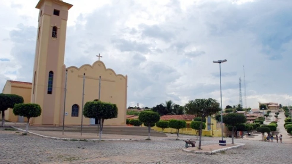Curral Velho, cidade no Sertão paraibano, tinha colégio eleitora de 1.867 eleitores em 2016, nas últimas eleições municipais — Foto: Reprodução/curralvelho.pb.gov.br