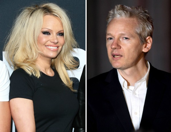 Pamela Anderson e Julian Assange (Foto: Getty Images)