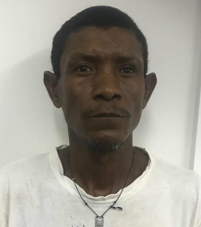 Flávio Bernardino de Sena, conhecido como Índio, está foragido — Foto: Polícia Civil