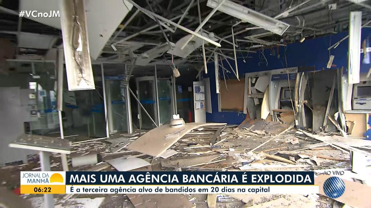 Bandidos explodem agência da Caixa Econômica Federal na região de Porto Seco Pirajá