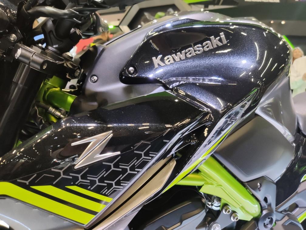 Kawasaki apresenta a nova geração da Z900 no Salão Duas Rodas — Foto: Guilherme Fontana/G1