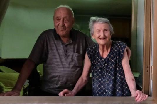 Antonio Vassallo, de 100 anos, e a esposa, Amina Fedollo, de 93, moradores de Acciaroli: boa comida e sexo frequente