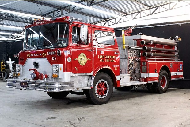 Mack Fire Truck F600 (Foto: Reprodução Mercado Livre)