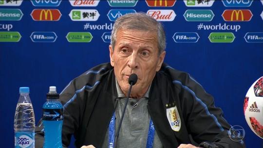 Perguntas sobre escalação de Cavani no jogo contra França irritam Tabárez