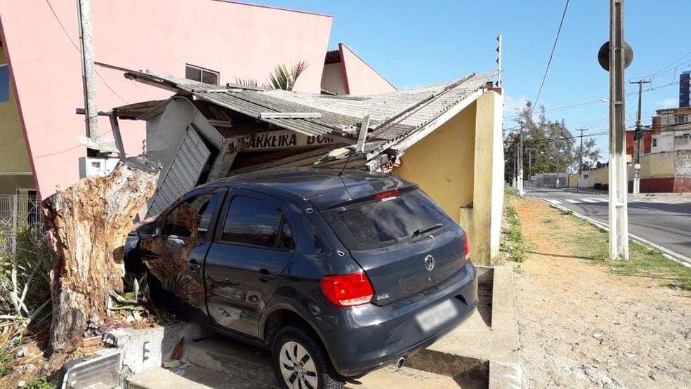 Cigarreira ficou destruída — Foto: Julianne Barreto/Inter TV Cabugi