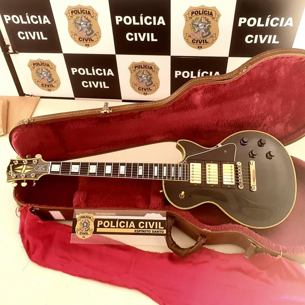 Guitarra de R$ 40 mil roubada em 2016 foi recuperada no ES — Foto: Divulgação/PC-ES