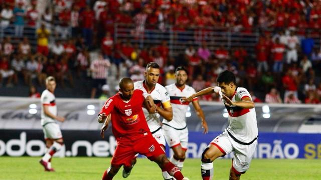 CRB x Atlético-GO, no Rei Pelé