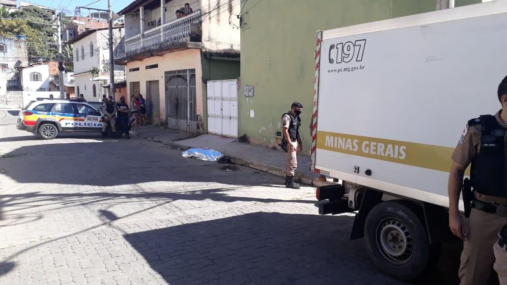 Homem é morto a tiros no bairro São Cristóvão, em Governador Valadares