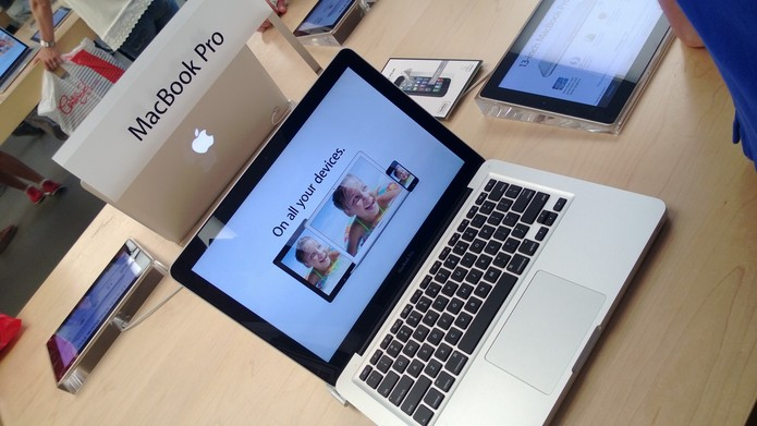 MacBook Pro na Apple Store de Nova York (Foto: Allan Mello/TechTudo)