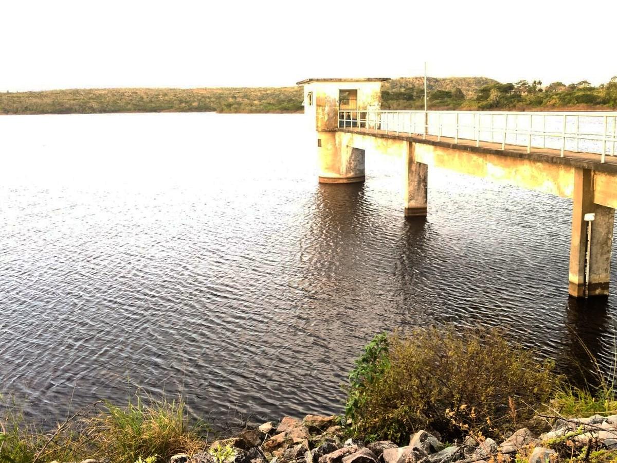Após seis anos em colapso, Alagoinha volta a receber água nas torneiras