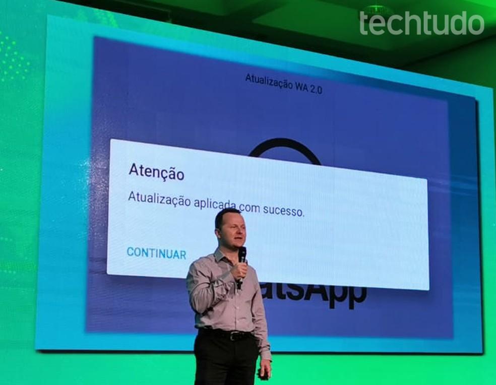 """App falso pede permissão para """"Continuar"""" mesmo após dizer tem concluído a instalação — Foto: Nicolly Vimercate/TechTudo"""