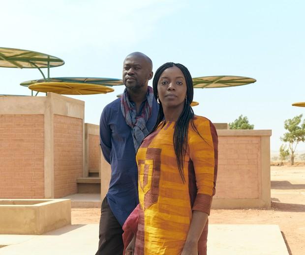 David Adjaye, mentor, with Mariam Kamara, prot (Foto: ©Rolex/Thomas Chéné)