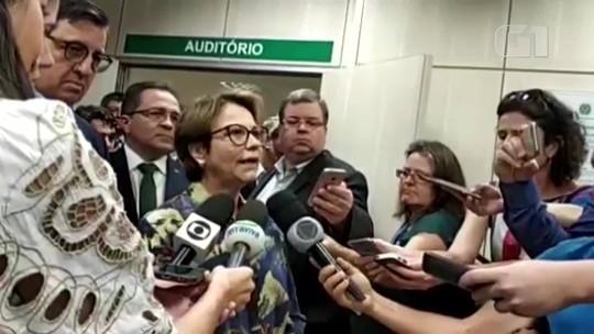 Ministra da Agricultura diz que notícias preocupam e que é preciso 'baixar a temperatura'