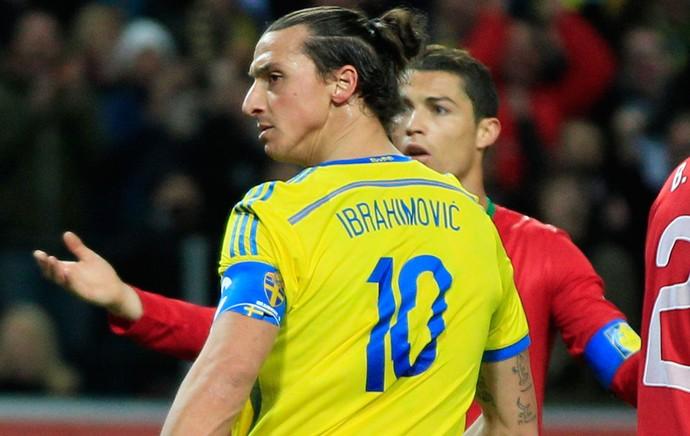 Ibrahimovic e Cristiano Ronaldo, Suecia x Portugal (Foto: AP)