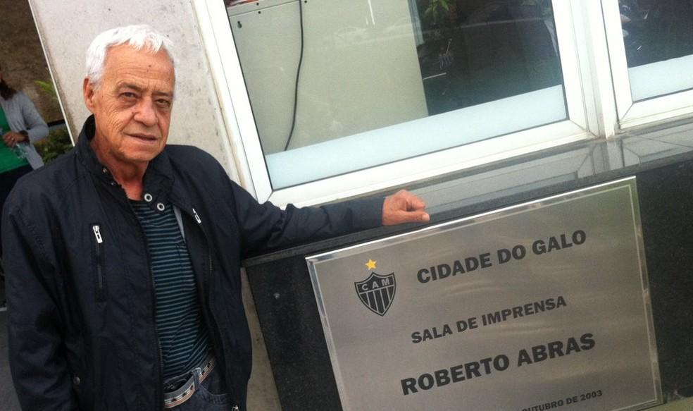 Roberto Abras, radialista que dá nome à sala de imprensa da Cidade do Galo — Foto: Arquivo pessoal