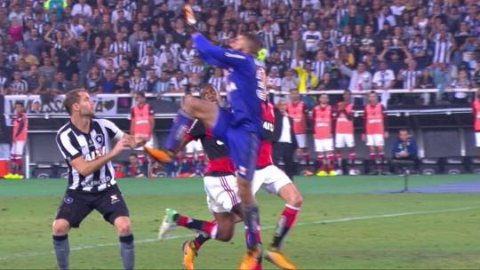 Botafogo perde Rodrigo Pimpão e Carli para o jogo de volta contra o Flamengo