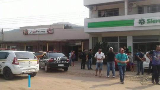 Assaltantes fazem refém em ataque a agência bancária em Itati, no Litoral Norte