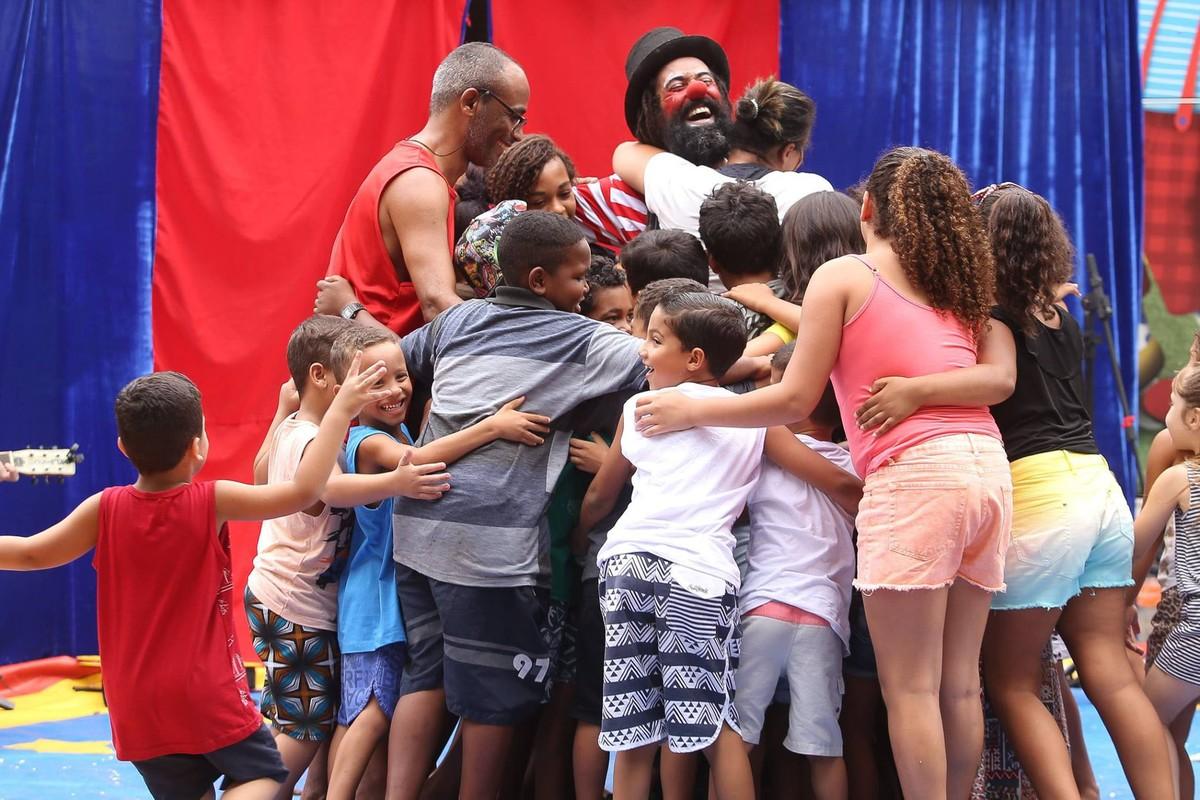 Macaé, RJ, recebe projeto que leva teatro e oficinas às periferias