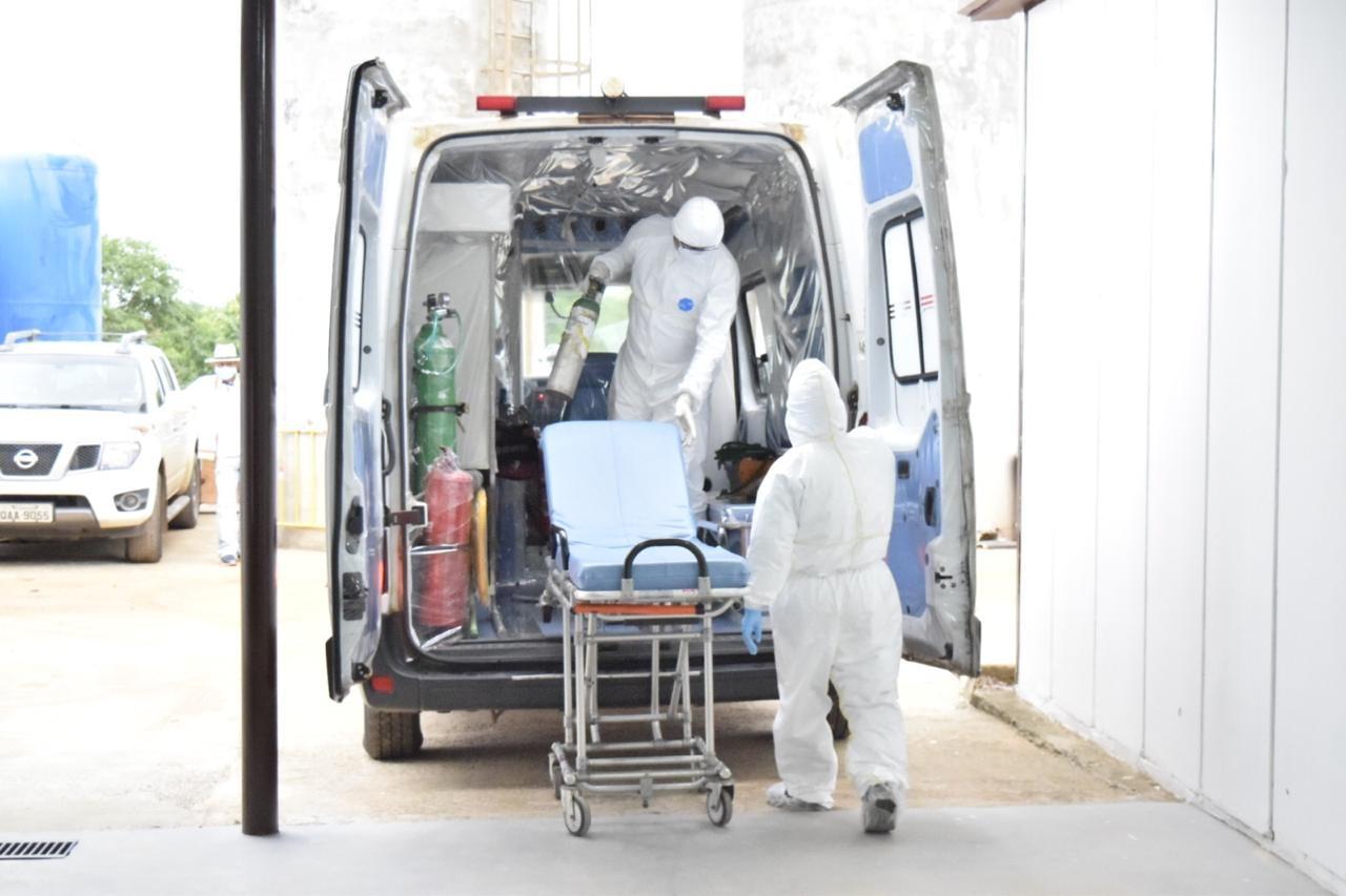Saúde cria comissão para acompanhar casos de servidores infectados pelo coronavírus no AC