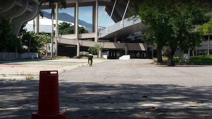 Maracanã vira caso de polícia e tem segurança reforçada: Vaza daqui