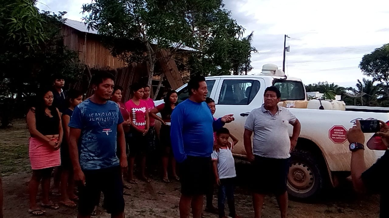 Indígenas exigem corpos de Wai Wai vítimas do coronavírus e impedem saída de ambulâncias em comunidade de RR
