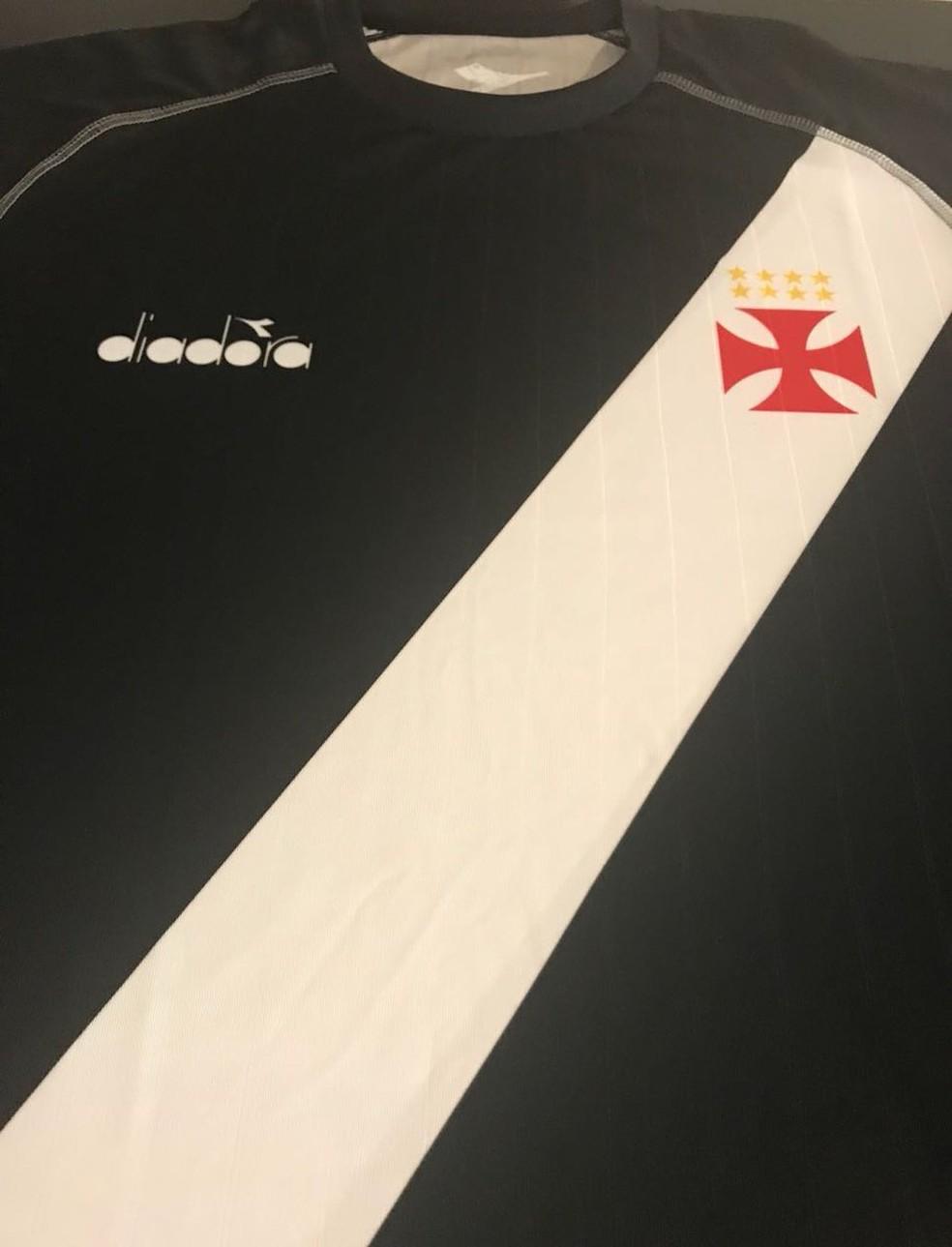 Confira o novo uniforme