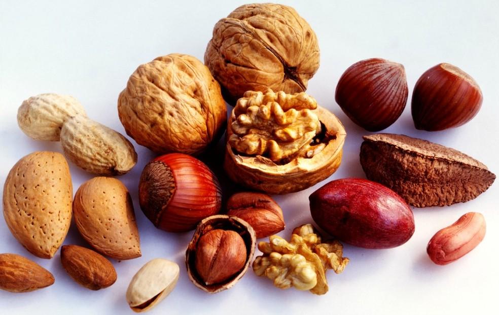 Nozes e castanhas: fontes de gordura do bem (Foto: Getty Images)