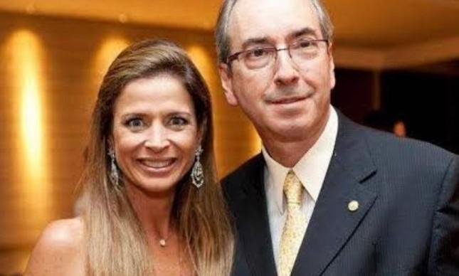 Cláudia Cruz consegue liminar na Justiça para que imóvel dela e do marido, Eduardo Cunha, não vá a leilão