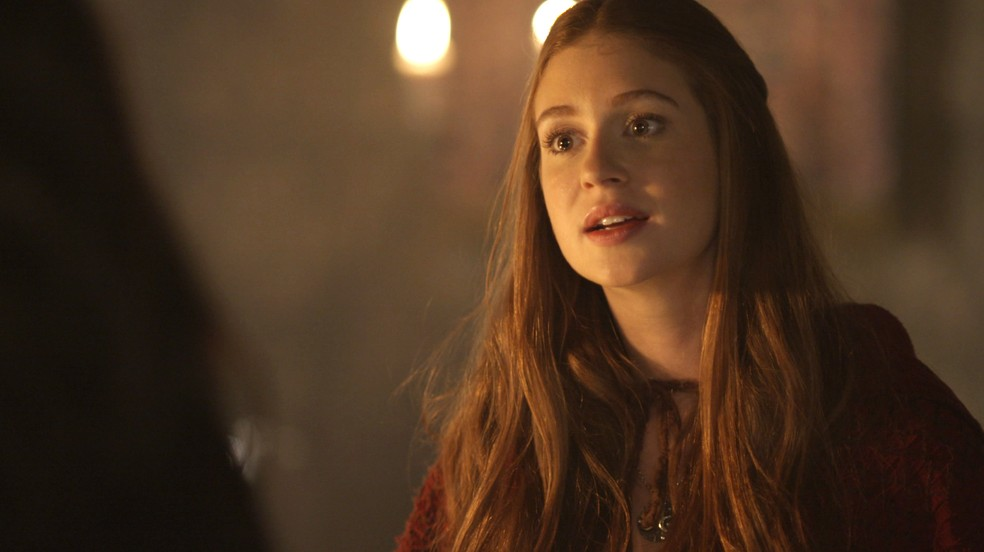 Amália visita Catarina só para afrontá-la mesmo (Foto: TV Globo)