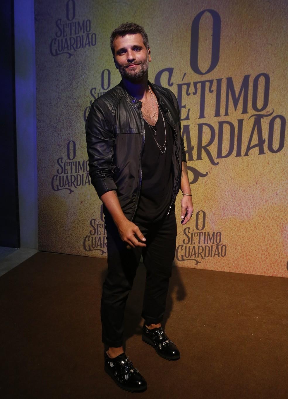 Bruno Gagliasso será o par romântico de Marina Ruy Barbosa, eles contarão a história de amor de Gabriel e Luz — Foto: Fabrício Battaglin/Gshow