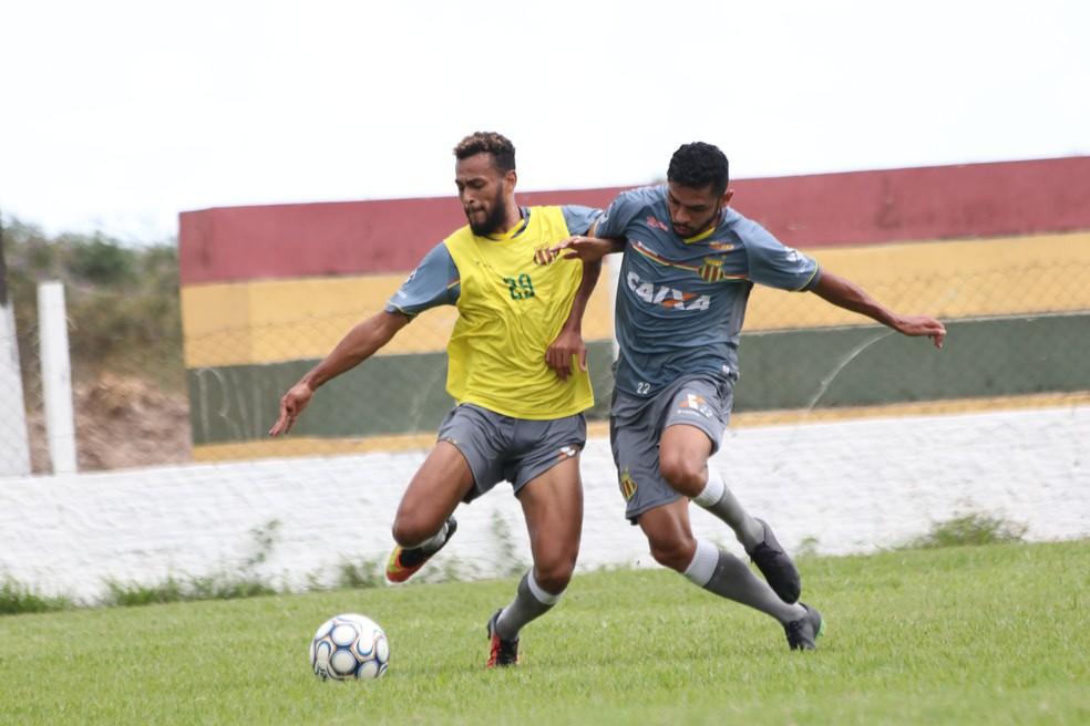 fb3502fd41 ... Sampaio enfrenta o Criciúma neste sábado — Foto  Lucas Almeida   L17  Comunicação