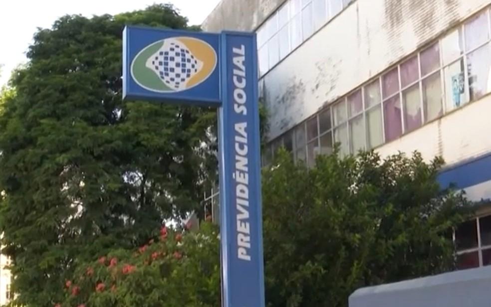 Agência do INSS — Foto: Reprodução / TV Santa Cruz