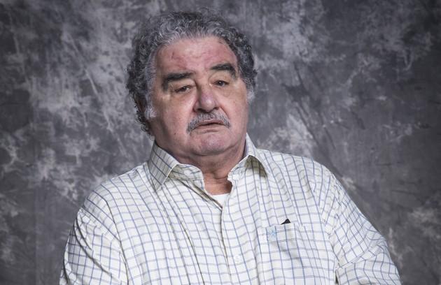 Avô de Alexia, Ignácio (Otávio Augusto) sofre com os primeiros sintomas do Alzheimer. É apaixonado pela neta e um dos seus maiores incentivadores (Foto: TV Globo)