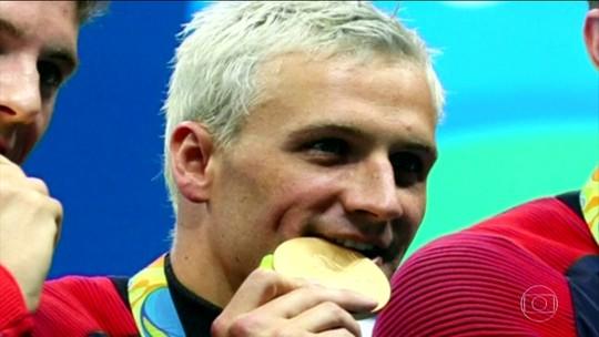 Nadador Ryan Lochte é suspenso por ter mentido sobre assalto no Rio