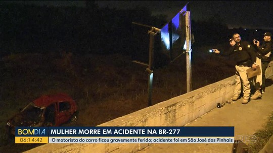 Jovem morre em acidente na BR-277, na Região de Curitiba, depois de carro capotar e sair da pista