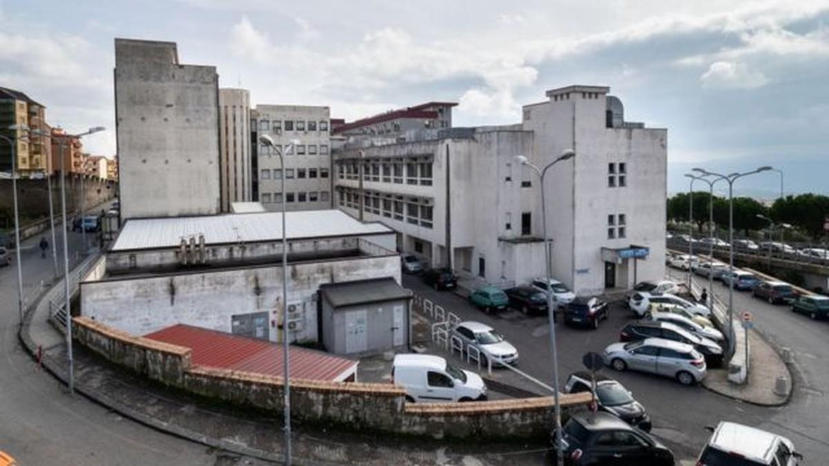 Hospital italiano descobre funcionário ausente do trabalho há 15 anos |  Mundo