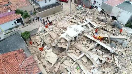 Corpo da 6ª vítima já foi localizado no desabamento do prédio de Fortaleza