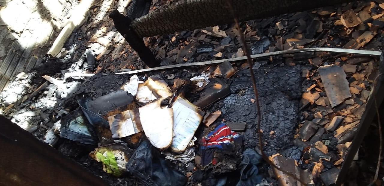 Mulher é presa após incendiar casa do ex-companheiro em Rorainópolis, no Sul de RR